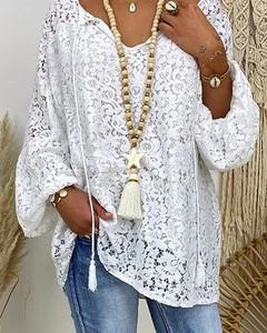 Bluzka Kendallme z długim rękawem w stylu boho z dekoltem w kształcie litery v