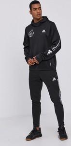 Bluza Adidas Performance w sportowym stylu