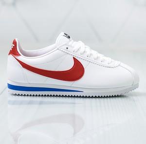 Buty sportowe Nike w sportowym stylu cortez