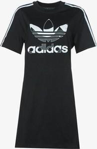 Czarna sukienka Adidas w sportowym stylu z krótkim rękawem