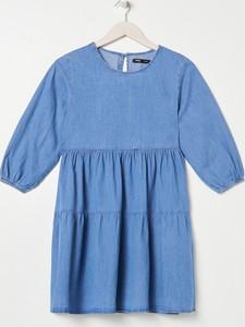 Sukienka Sinsay z okrągłym dekoltem w stylu casual z długim rękawem