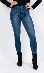 Granatowe jeansy Olika