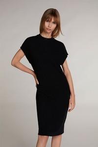 Czarna sukienka OUI z krótkim rękawem midi