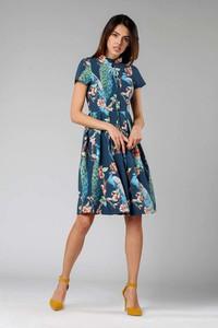 Niebieska sukienka Nommo w stylu casual szmizjerka midi