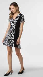 Sukienka Calvin Klein rozkloszowana w stylu casual z krótkim rękawem