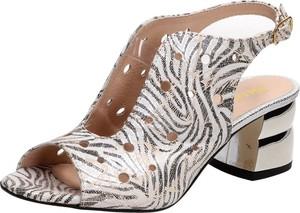 Sandały Suzana ze skóry na średnim obcasie na obcasie