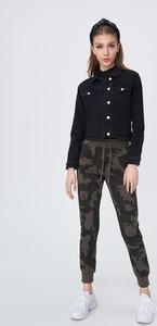 Spodnie Sinsay z dresówki w sportowym stylu