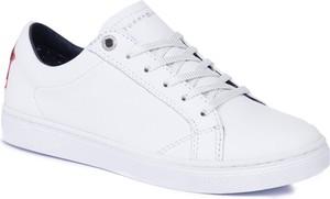 9e37328cb10e9 białe tenisówki tommy hilfiger - stylowo i modnie z Allani