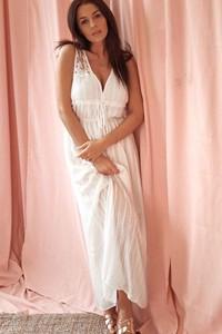 Sukienka Rose Boutique bez rękawów z dekoltem w kształcie litery v