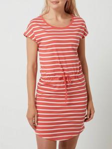 Czerwona sukienka Only z krótkim rękawem w stylu casual