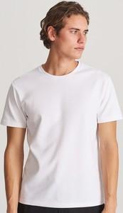 T-shirt Reserved z dzianiny