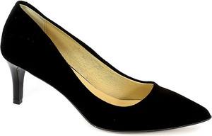 Czarne szpilki Lewski ze spiczastym noskiem w stylu klasycznym na niskim obcasie