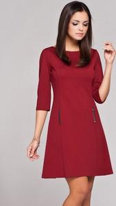 Czerwona sukienka Figl z okrągłym dekoltem z długim rękawem