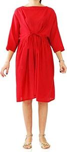 Czerwona sukienka amazon.de z okrągłym dekoltem z długim rękawem midi