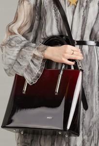 d250f14e1e230 torebki czerwone lakierowane. - stylowo i modnie z Allani