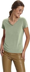 T-shirt Soaked in Luxury z dekoltem w kształcie litery v z krótkim rękawem