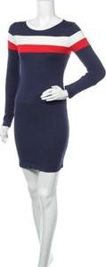 Niebieska sukienka Heart Hips z długim rękawem w stylu casual mini