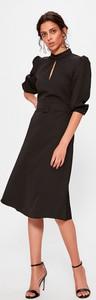 Sukienka Trendyol trapezowa z długim rękawem