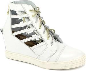 letnie obuwie sportowe damskie stylowo i modnie z Allani