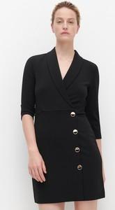 Czarna sukienka Reserved z dekoltem w kształcie litery v mini