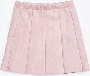 Różowa spódniczka dziewczęca Gate z zamszu