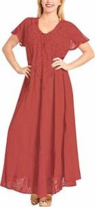 Różowa sukienka La Leela maxi