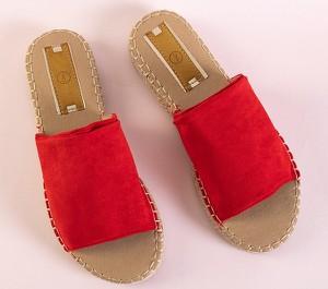 Czerwone klapki Royalfashion.pl w stylu casual