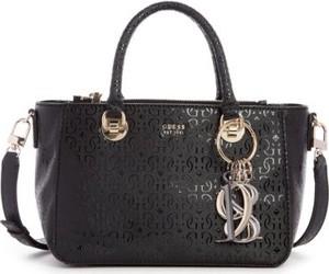 Czarna torebka Guess średnia