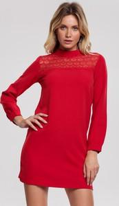 Czerwona sukienka Renee mini w stylu casual trapezowa