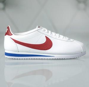 Buty sportowe Nike cortez w sportowym stylu sznurowane