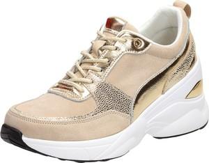 Buty sportowe Suzana sznurowane