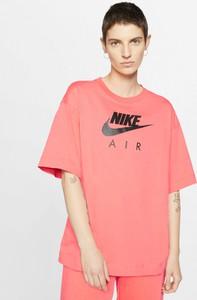 Różowy t-shirt Nike z bawełny z krótkim rękawem