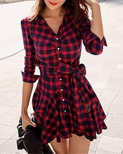 Sukienka Kendallme z dekoltem w kształcie litery v z długim rękawem koszulowa