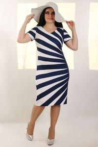0e3f90ac32 sukienki wyszczuplające rozmiar 52 - stylowo i modnie z Allani