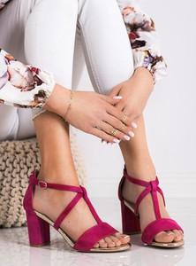 Sandały Czasnabuty z klamrami z zamszu