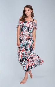 Sukienka Kaskada z dekoltem w karo w stylu casual z odkrytymi ramionami