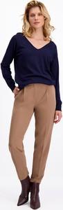 Granatowy sweter Lavard w stylu casual z dzianiny