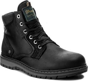 Czarne buty zimowe wrangler z zamszu
