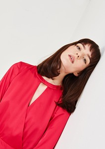 Czerwona sukienka simple