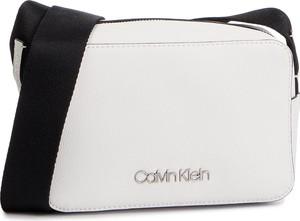 14c5b8666af0a Torebki Calvin Klein