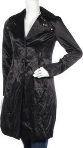 Czarny płaszcz Sarah Chole w stylu casual