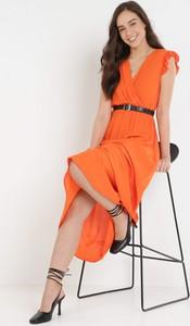Pomarańczowa sukienka born2be