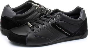 Czarne buty sportowe Tommy Hilfiger z zamszu