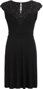 Czarna sukienka bonprix BODYFLIRT z okrągłym dekoltem