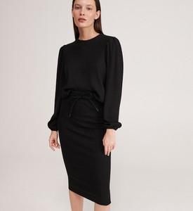 Czarna spódnica Reserved z dzianiny midi