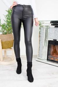 Czarne legginsy Olika