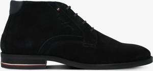 Czarne buty zimowe Tommy Hilfiger ze skóry