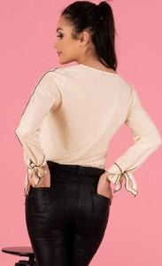 Bluzka MERRIBEL z długim rękawem z dekoltem w kształcie litery v