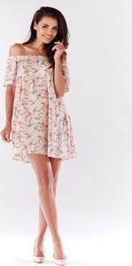 Sukienka Awama z odkrytymi ramionami z krótkim rękawem