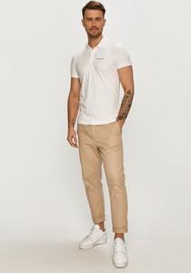 T-shirt Calvin Klein z krótkim rękawem w stylu casual z dzianiny